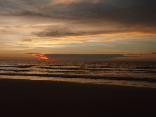 Tempurung Beach sunset